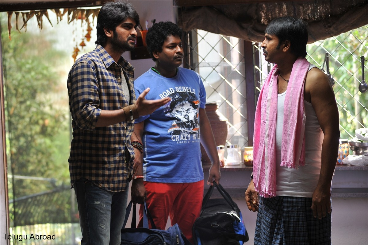 jadoogadu movie stills (20).jpg
