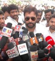 Nara Rohit attended Swatch Bharath (4)