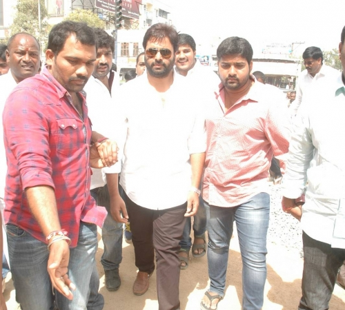 Nara Rohit attended Swatch Bharath (93)