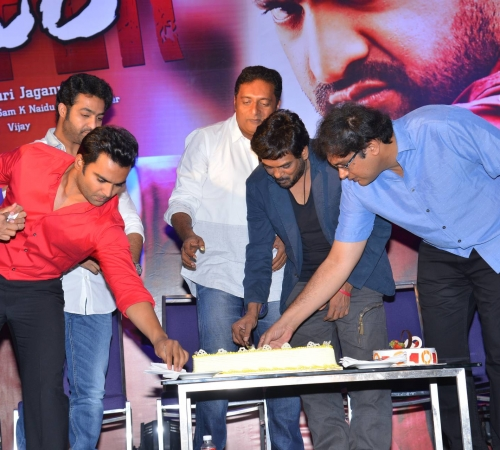 Temper success meet (39).JPG
