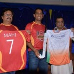 Dhoni buys Ranchi of Hockey Indian League